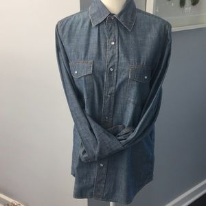 Old Navy Unisex Denim Shirt NWOT
